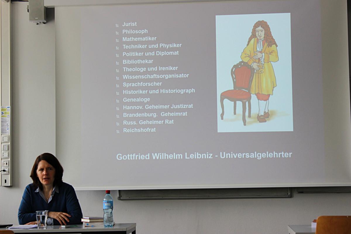 Potenzial künstlerischer Arbeit – Leibniz School of
